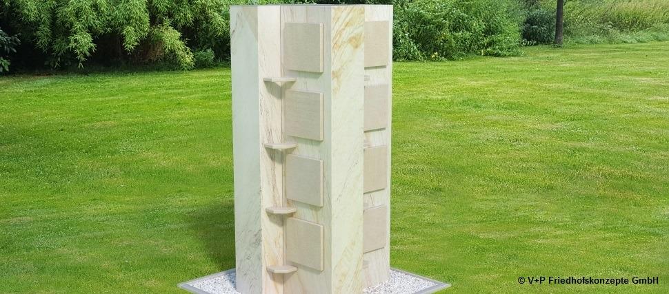 Kreuzstele-mit-Sandstein
